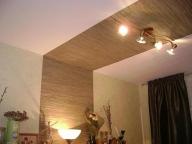 декоративная вставка из бамбуковых обоев
