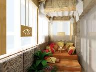 Комната на балконе оформлена в восточном стиле