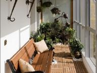 Большой балкон комната может быть разделен на зоны