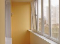 Потолок из гипсокартона на балконе